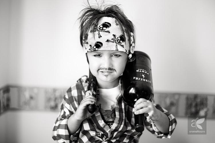 Portret copil - costum de pirat (8)