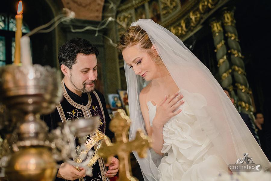 Cristina + Cornel - Nunta la Palatul Ghika (19)