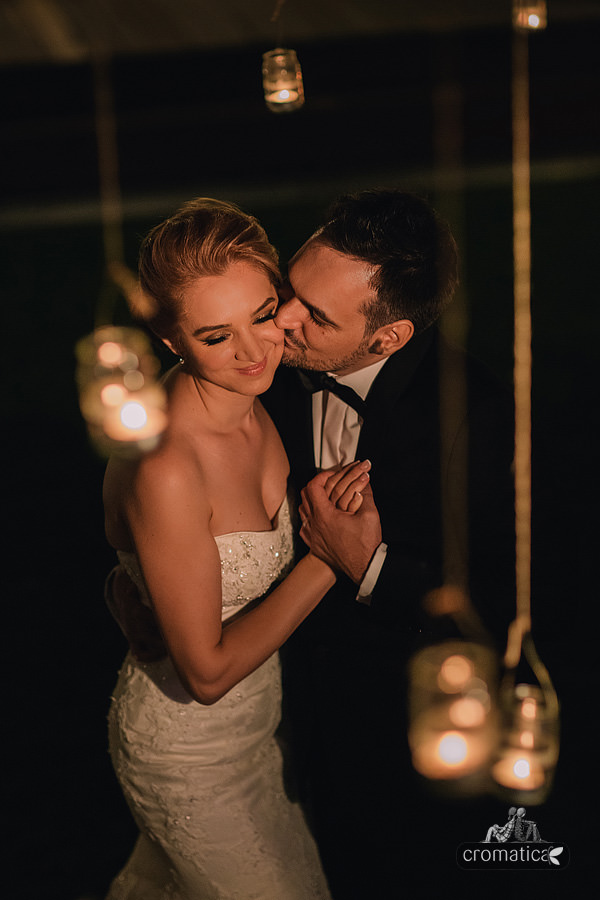 Ana + Rares - Fotografii nunta Bucuresti (25)