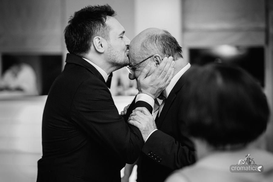 Ana + Rares - Fotografii nunta Bucuresti (27)