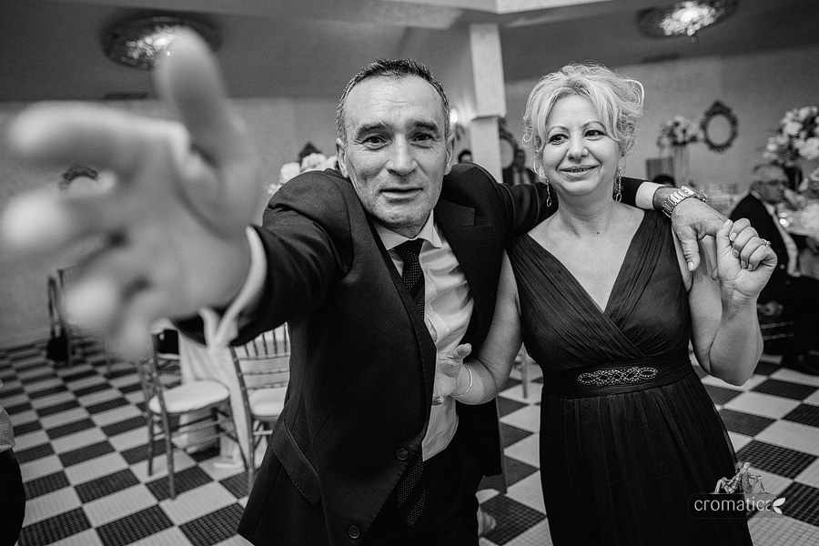 Ana + Rares - Fotografii nunta Bucuresti (31)
