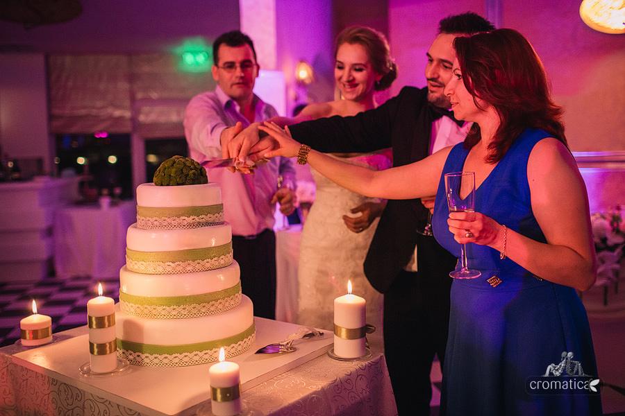 Ana + Rares - Fotografii nunta Bucuresti (33)