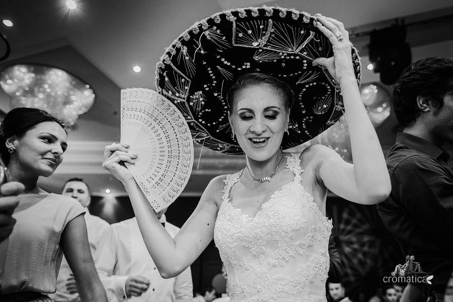 Andreea & Razvan - fotografii nunta Pitesti (29)