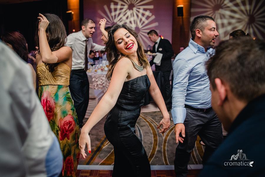 Andreea & Razvan - fotografii nunta Pitesti (33)