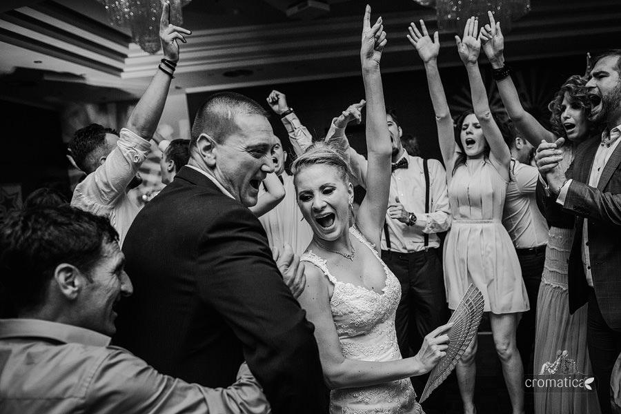 Andreea & Razvan - fotografii nunta Pitesti (41)