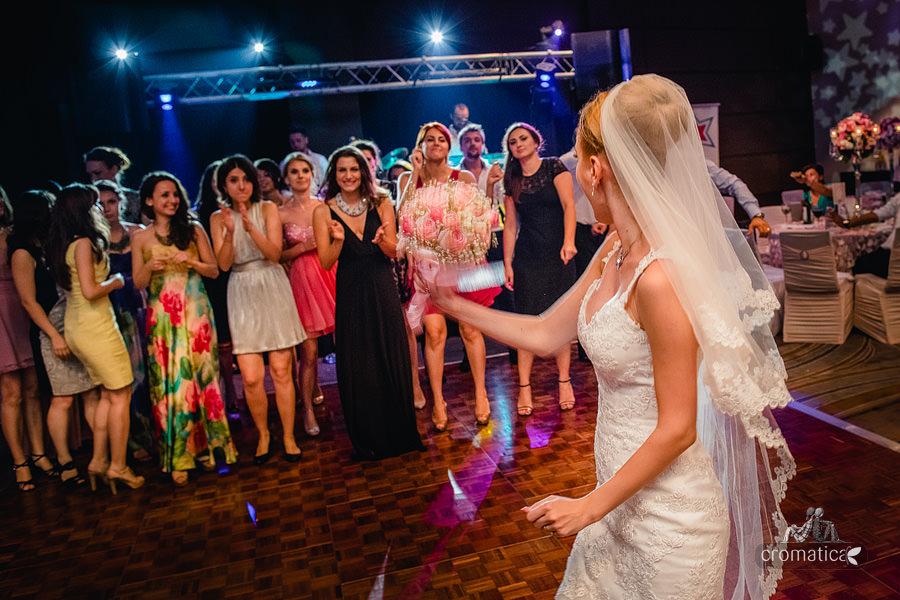 Andreea & Razvan - fotografii nunta Pitesti (50)