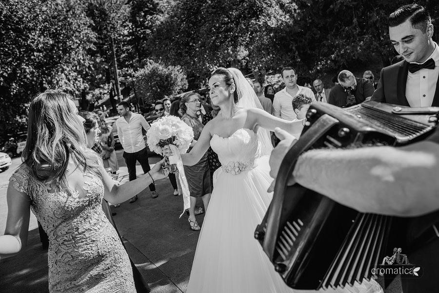 Alexandra & Andrei - fotografii nunta Palatul Stirbey (19)