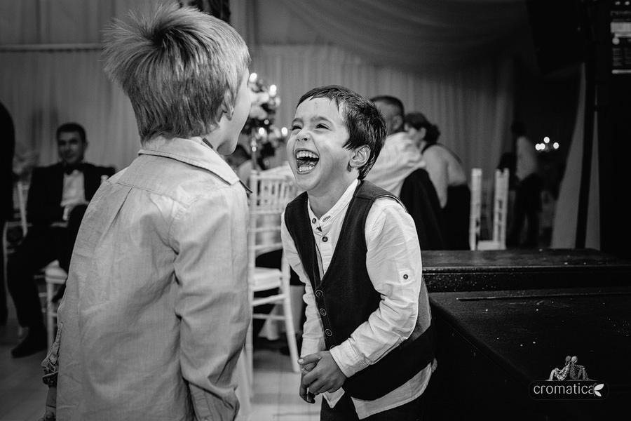 Alexandra & Andrei - fotografii nunta Palatul Stirbey (43)