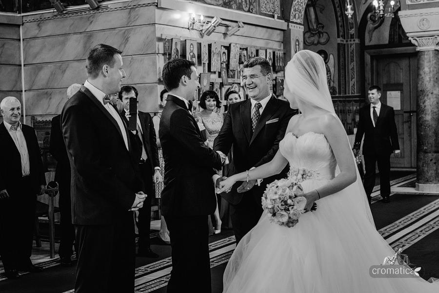 Irina & Bogdan - fotografii nunta Bucuresti (16)