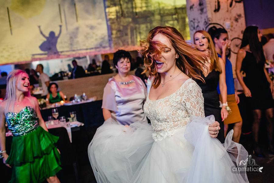 Ana + Mihai - fotografii nunta Bucuresti (32)