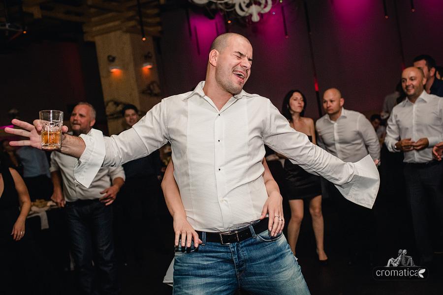Ana + Mihai - fotografii nunta Bucuresti (39)
