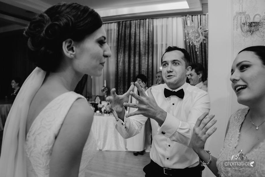 Carmen + Radu - fotografii nunta Bucuresti (26)