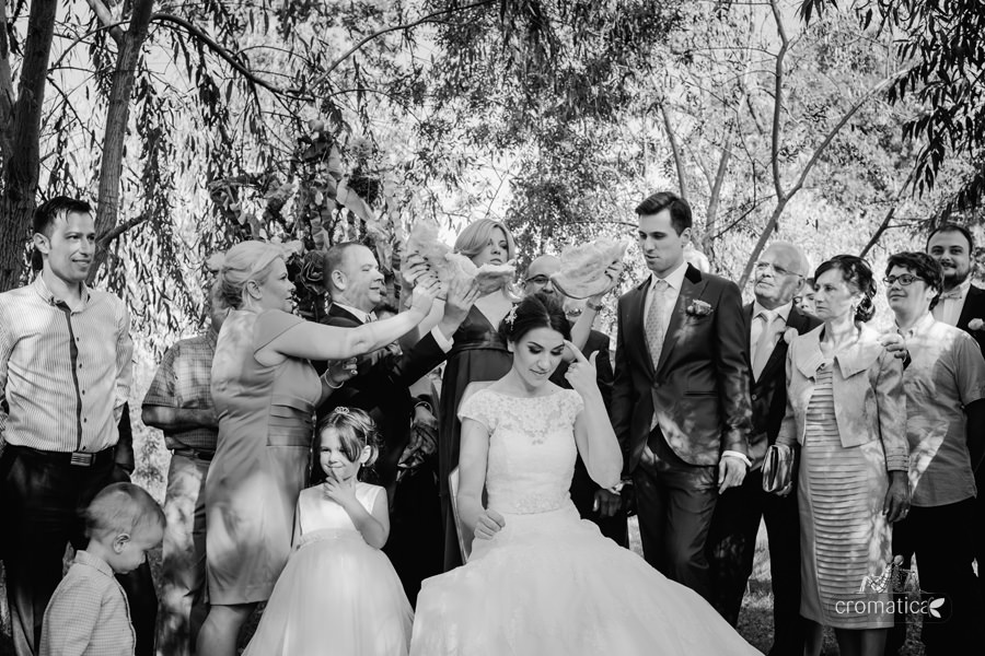 Madalina + Alex - fotografii nunta (8)