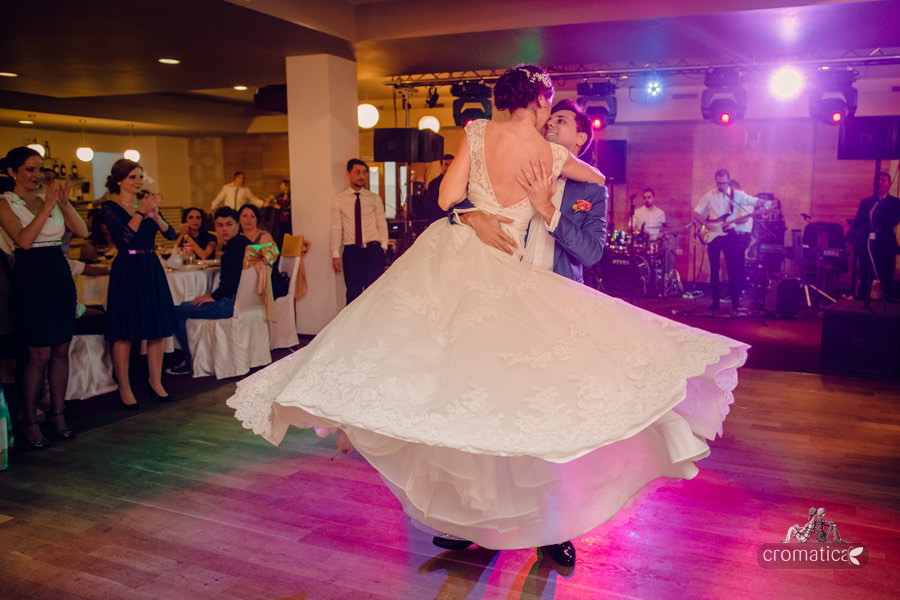 Madalina + Alex - fotografii nunta (23)