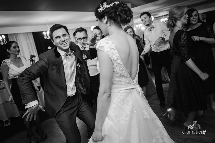 Madalina + Alex - fotografii nunta (25)