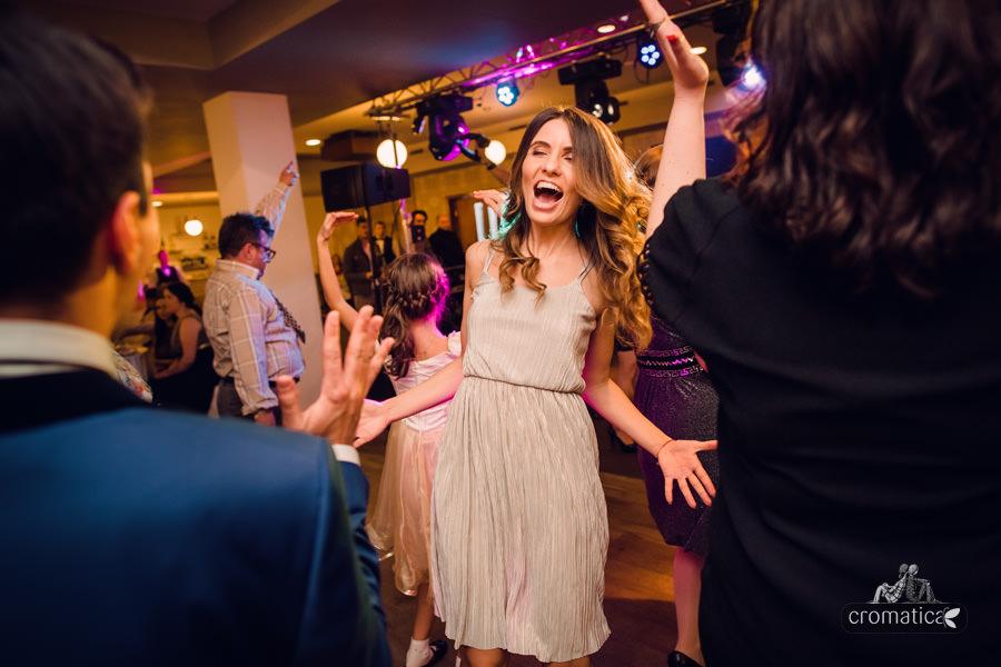 Madalina + Alex - fotografii nunta (28)
