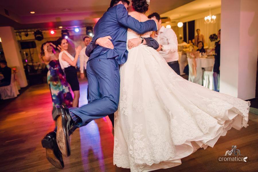 Madalina + Alex - fotografii nunta (29)