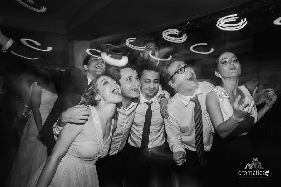Madalina + Alex - fotografii nunta (33)