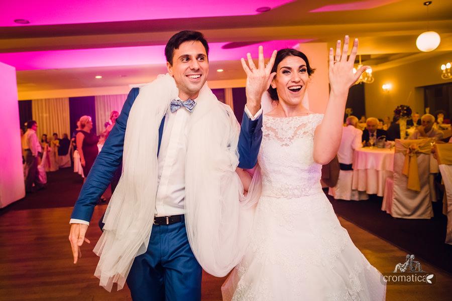 Madalina + Alex - fotografii nunta (34)
