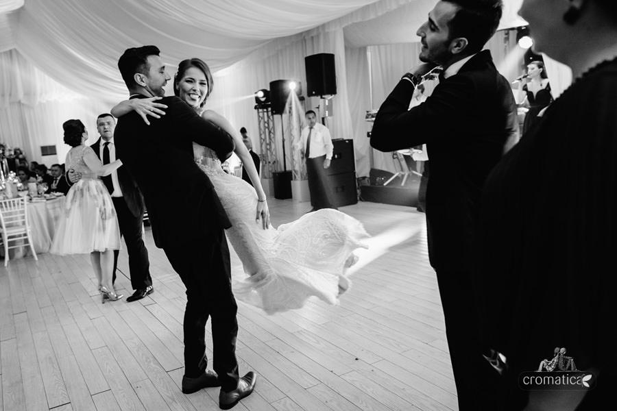 Andra + Vali - Fotografii nunta Palatul Stirbey (21)