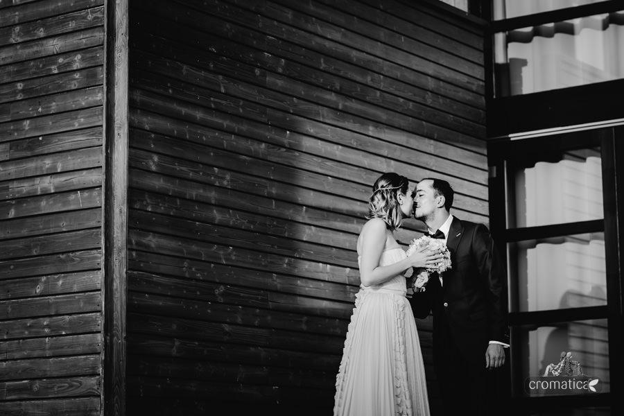 Simona + Eugen - Fotografii nunta Casa Vlasia (15)