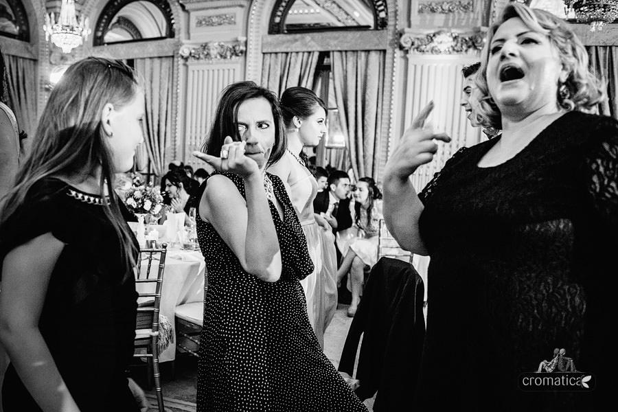 Simona & Mihai {Nuntă la Athenee Palace Hilton} (34)