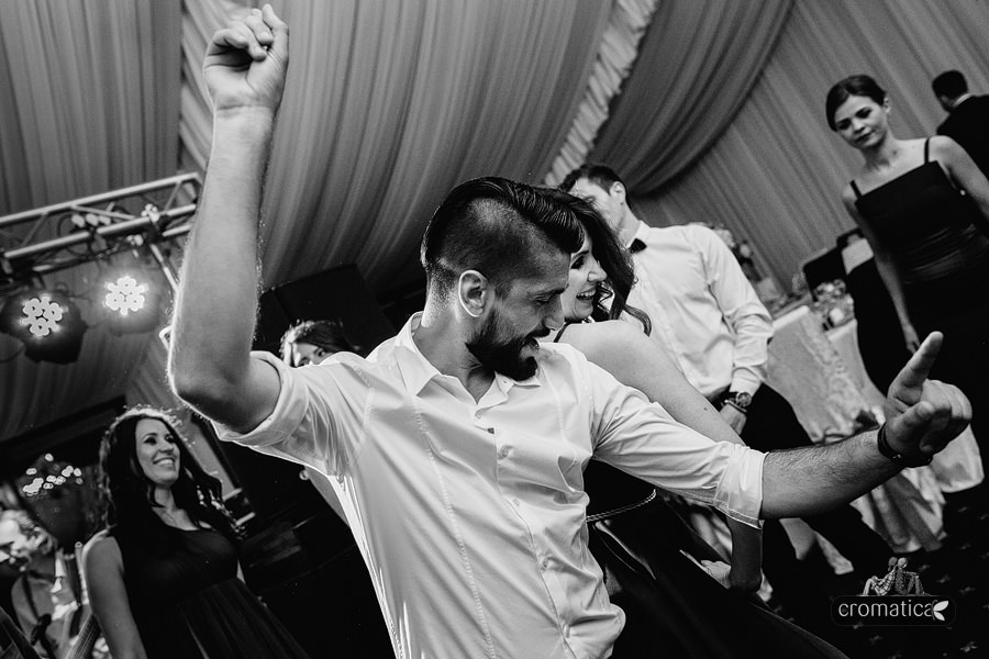 Anca + Gabi - fotografii nunta Bucuresti (48)