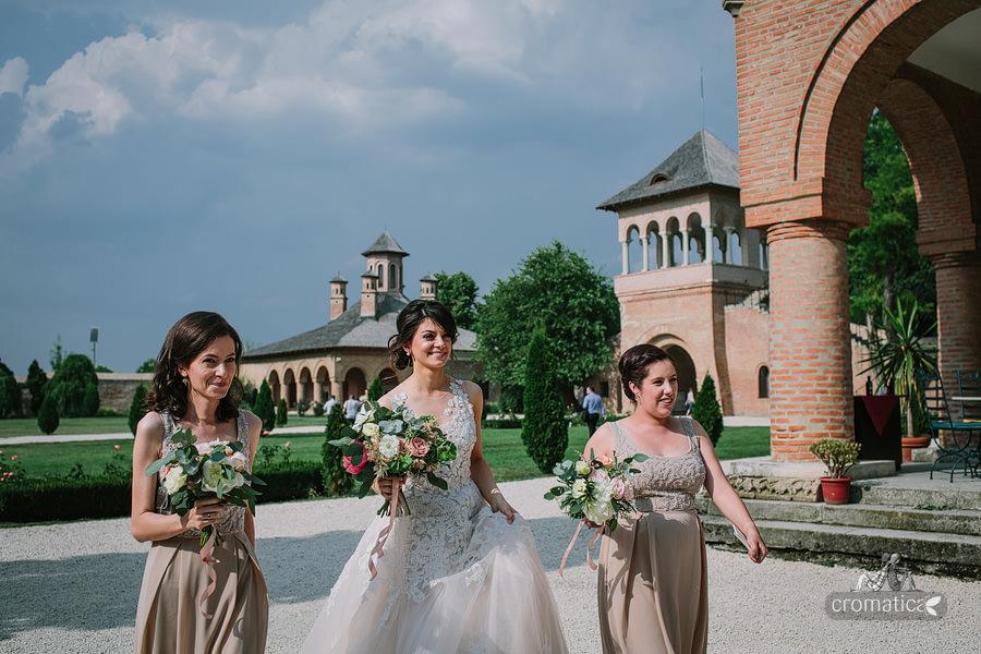 Mihaela & Chris - fotografii nunta Palatul Mogosoaia (9)
