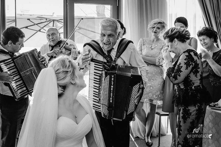 Lavinia & Madalin - fotografii nunta Bucuresti (12)