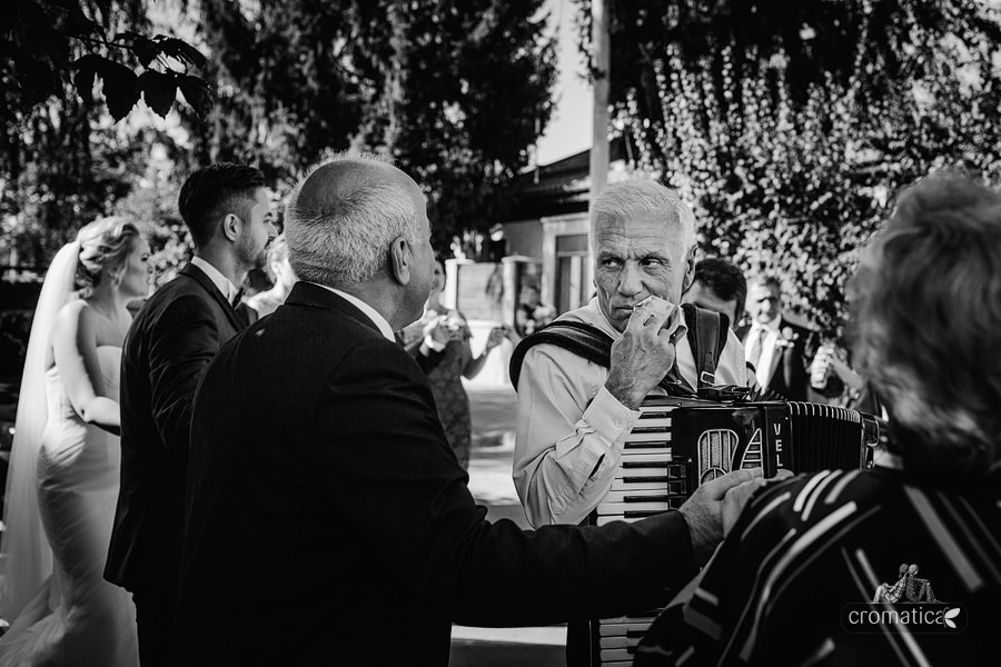 Lavinia & Madalin - fotografii nunta Bucuresti (16)
