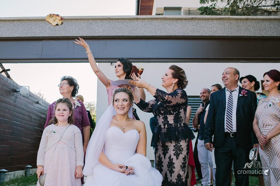 Lavinia & Madalin - fotografii nunta Bucuresti (17)