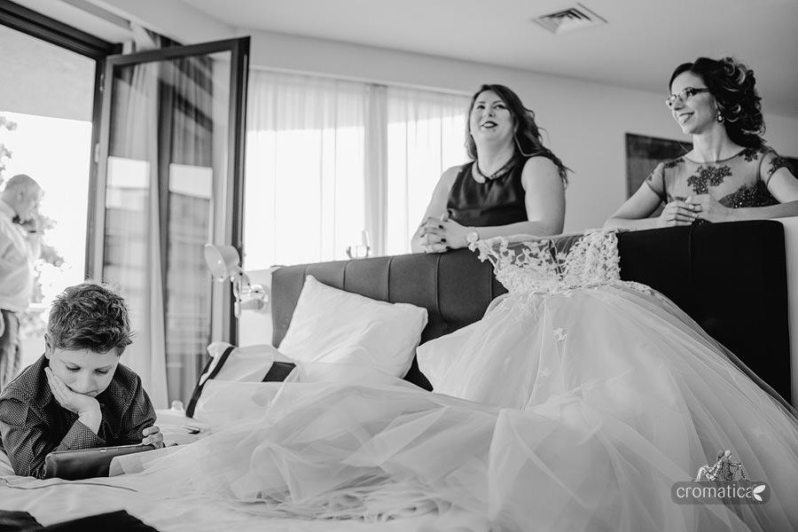 Ana & Cristi - fotografii nunta Salon du Mariage (12)