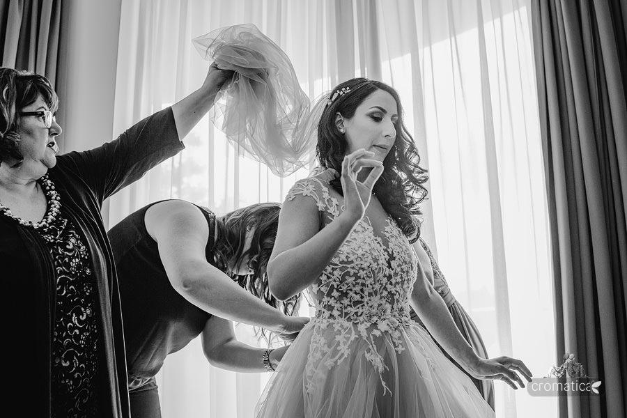 Ana & Cristi - fotografii nunta Salon du Mariage (13)