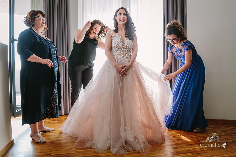 Ana & Cristi - fotografii nunta Salon du Mariage (14)