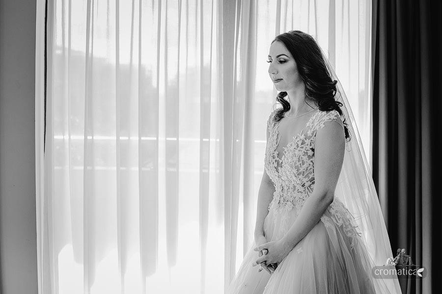 Ana & Cristi - fotografii nunta Salon du Mariage (15)
