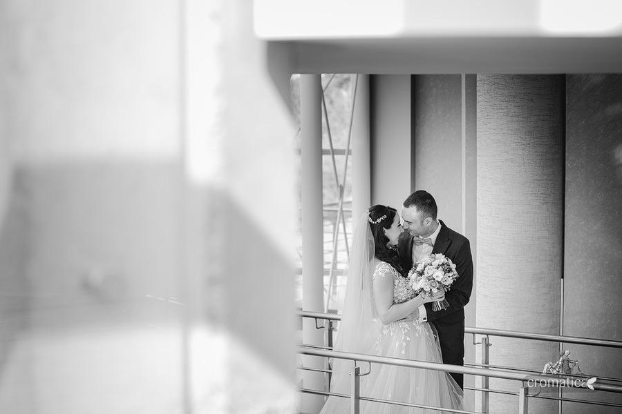 Ana & Cristi - fotografii nunta Salon du Mariage (21)