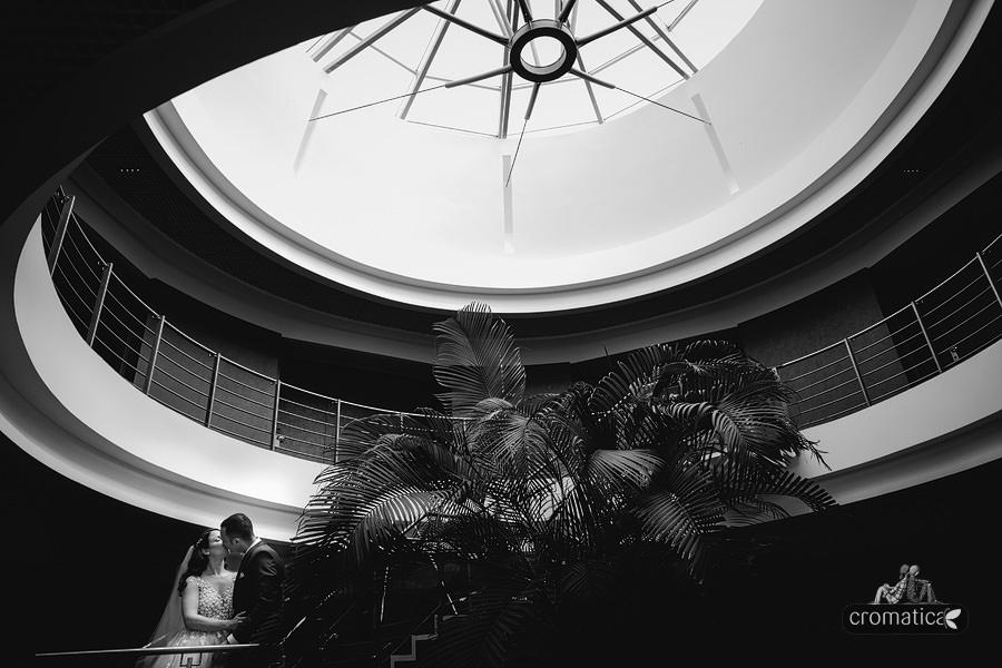Ana & Cristi - fotografii nunta Salon du Mariage (22)