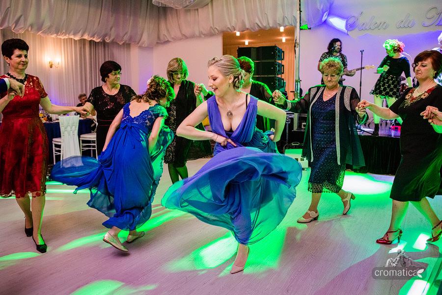 Ana & Cristi - fotografii nunta Salon du Mariage (35)