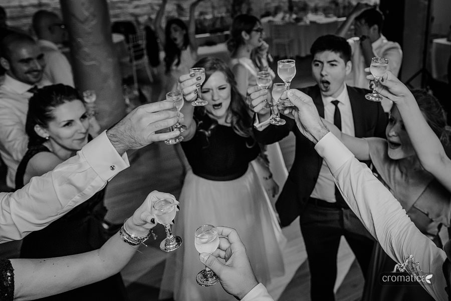 Catalina & Mircea - fotografii nunta Bucuresti (23)
