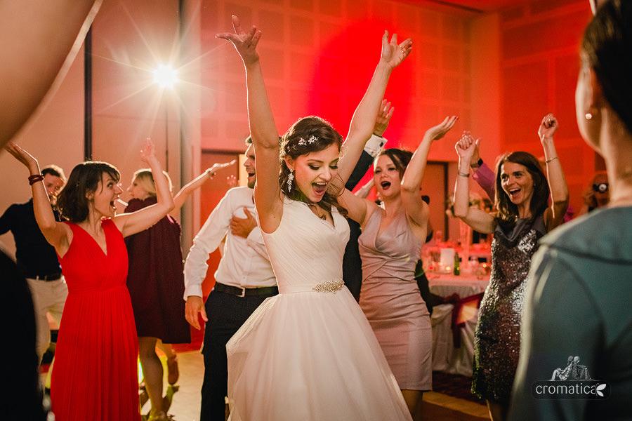 Sabina & Teo - fotografii nunta Bucuresti (46)