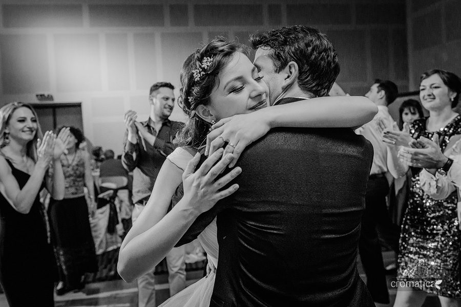 Sabina & Teo - fotografii nunta Bucuresti (57)