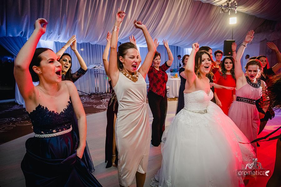 Roxana & Adelina - fotografii nunta Bucuresti (35)
