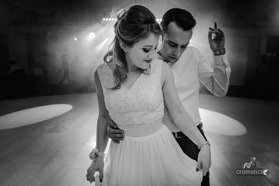 Roxana & Adelin - fotografii nunta Bucuresti (42)