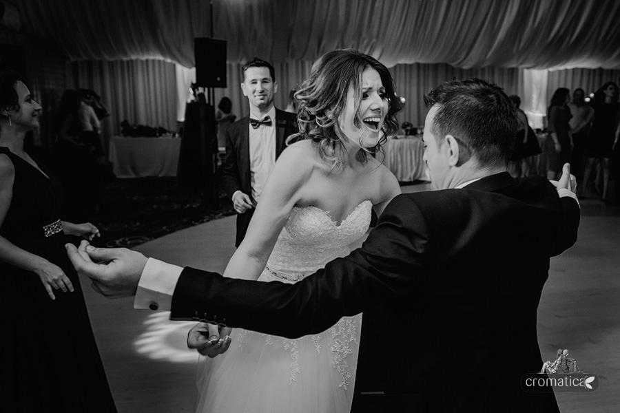 Roxana & Adelin - fotografii nunta Bucuresti (43)